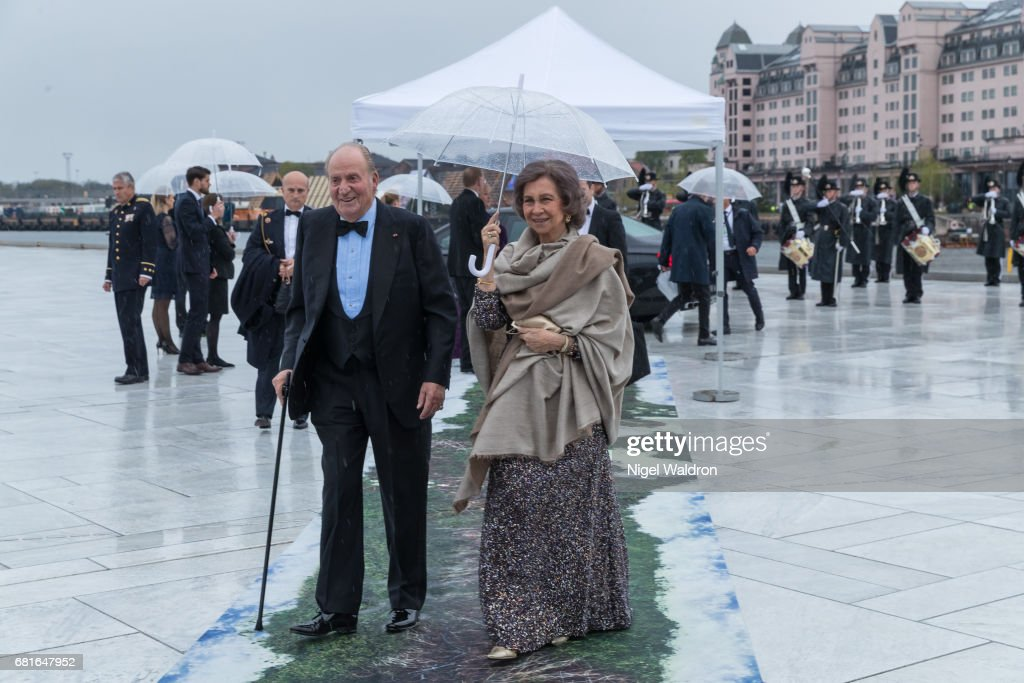 King Juan Carlos of Spain and Queen Sofia of Spain arrives at the Opera House on the occasion of the celebration of King Harald and Queen Sonja of Norway 80th birthdays on May 10 2017 in Oslo, Norway.