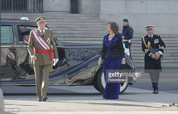 King Juan Carlos of Spain and Queen Sofia of Spain attend the traditional 'Pascua Militar' ceremony at The Royal Palace on January 6, 2012 in Madrid,...