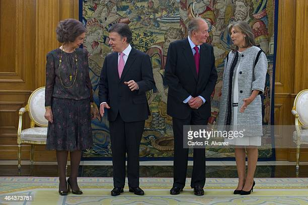 King Juan Carlos of Spain and Queen Sofia of Spain receive Colombian President Juan Manuel Santos Calderon and wife Maria Clemencia Rodriguez de...