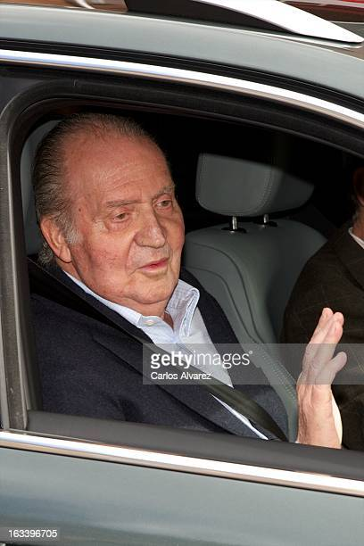 King Juan Carlos of Spain leaves La Milagrosa Hospital on March 09 2013 in Madrid Spain The Spanish King underwent surgery at the hospital on his...