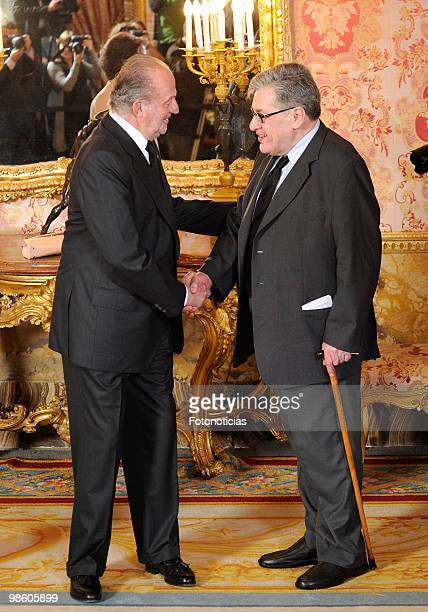 King Juan Carlos of Spain receives Cervantes Literary Award winner Jose Emilio Pacheco Berny at The Royal Palace on April 22 2010 in Madrid Spain