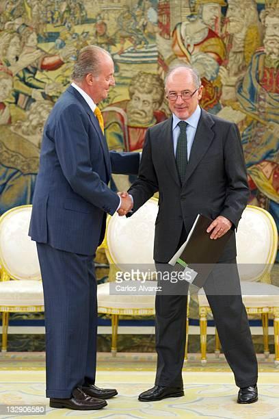 King Juan Carlos of Spain receives Spain's bank 'Bankia' President Rodrigo Rato at Zarzuela Palace on November 15 2011 in Madrid Spain