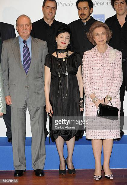 King Juan Carlos of Spain singer Misia and Queen Sofia attend 25th international journalism awards Rey de Espana and 4th journalism award Don Quijote...