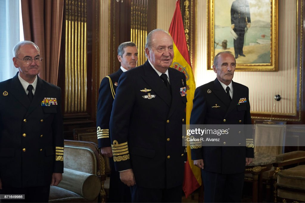 King Juan Carlos (2R) presides over the annual meeting of the Naval Museum on November 8, 2017 in Madrid, Spain.