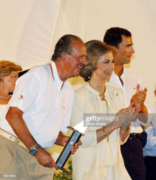 King Juan Carlos Queen Sofia and Prince Felipe attend an awards ceremony of the 20th Copa del Rey regatta August 5 2001 on Palma de Mallorca Island...