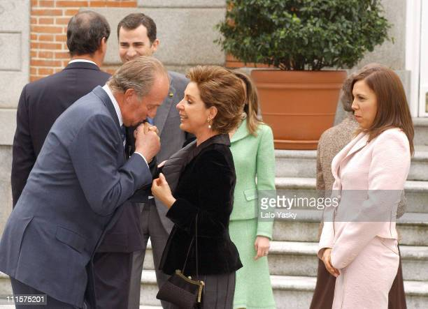 King Juan Carlos Queen Sofia Prince Felipe and Princess Letizia Receive Mexican President Vicente Fox his Wife Marta Sahagun and his daughter...