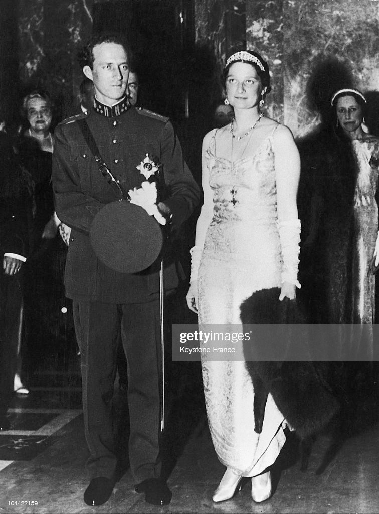 King Leopold And Queen Astrid Of Belgium During A Charity Gala In Brussels Around 1934-1935 : News Photo