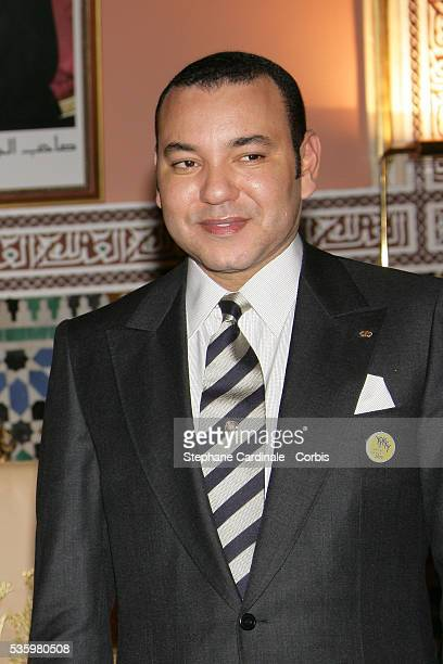 ¿Cuánto mide Mohamed VI? - Altura - Real height King-mohammed-vi-of-morroco-picture-id535980508?s=612x612