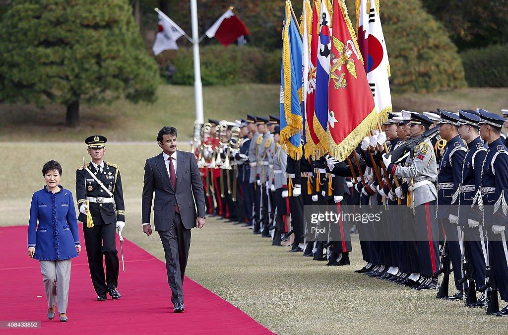King Of Qatar Meets President Of South Korea : News Photo