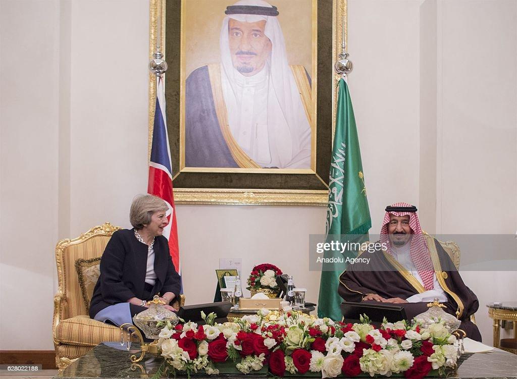 Salman bin Abdulaziz Al Saud - Theresa May meeting in Manama : News Photo