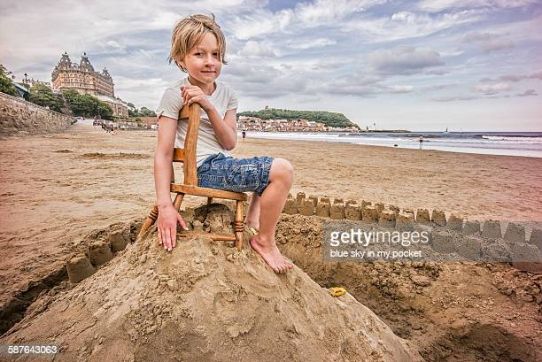king of the castle - scarborough uk stock pictures, royalty-free photos & images