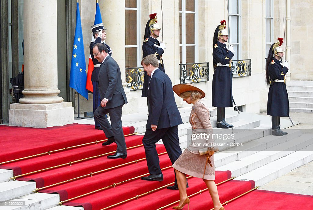 Dutch Royal Couple meet French President : News Photo