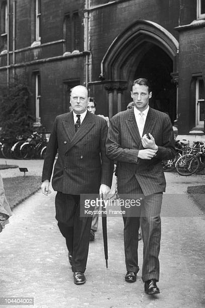 King OLAV V and his son Prince HARALD leaving Balliol college in Oxford King OLAV V of Norway were visiting his son who were passing his diploma in...