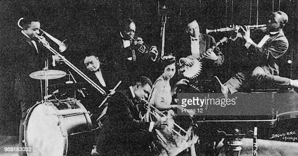 King Oliver's Creole Jazz Band, with whom Louis Armstrong first goes on stage in 1922, in Lincoln Garden, Chicago.