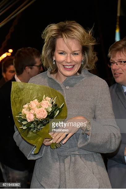 King Philippe and Queen Mathilde pictured during their visit to the market of Zeebrugge where they met local fishermen