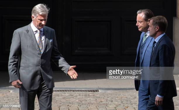 King Philippe - Filip of Belgium, N-VA chairman Bart De Wever and PS chairman Paul Magnette pictured ahead of a meeting at the Royal Palace in...