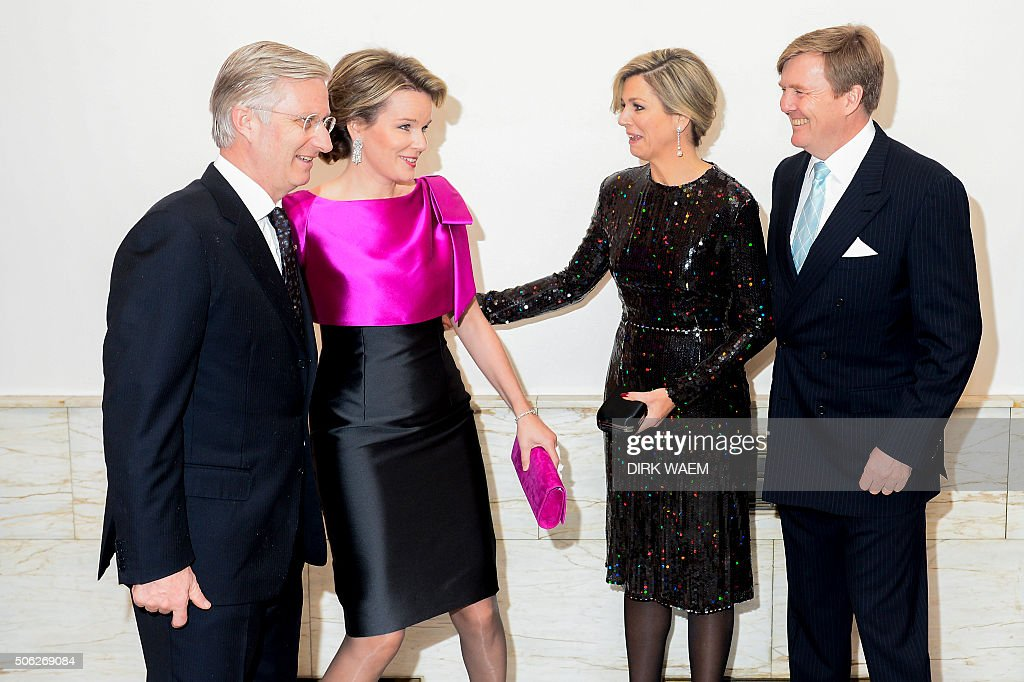 King Philippe - Filip of Belgium, Queen Mathilde of Belgium, Dutch King Willem-Alexander and Queen Maxima smile as they attend the opening concert for the Dutch presidency of the European Union council on January 22, 2016 at the Bozar in Brussels. / AFP / Belga / DIRK WAEM / Belgium OUT