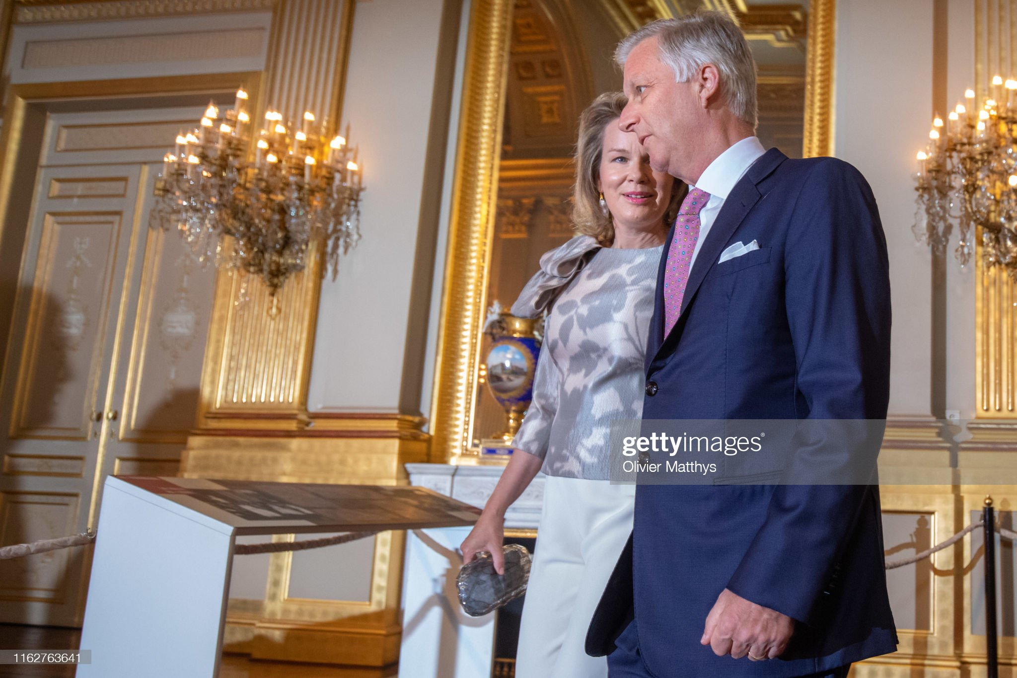 CASA REAL BELGA - Página 54 King-philippe-of-belgium-and-queen-mathilde-attend-the-summer-at-the-picture-id1162763641?s=2048x2048