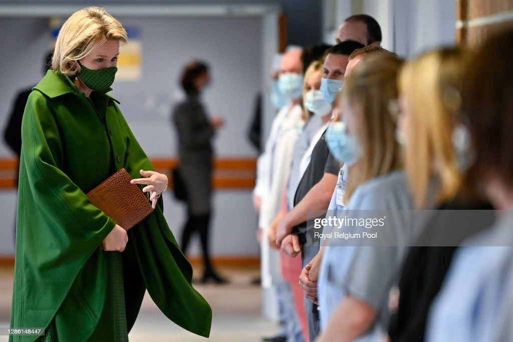 King Philippe Of Belgium And Queen Mathilde Visit The Bois De L'Abbaye Hospital Center In Charleroi : News Photo