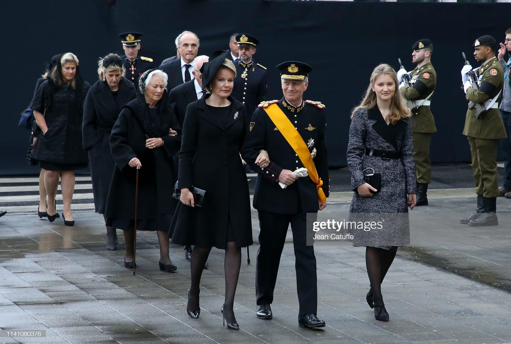 https://media.gettyimages.com/photos/king-philippe-of-belgium-queen-mathilde-of-belgium-princess-elisabeth-picture-id1141080376?s=2048x2048