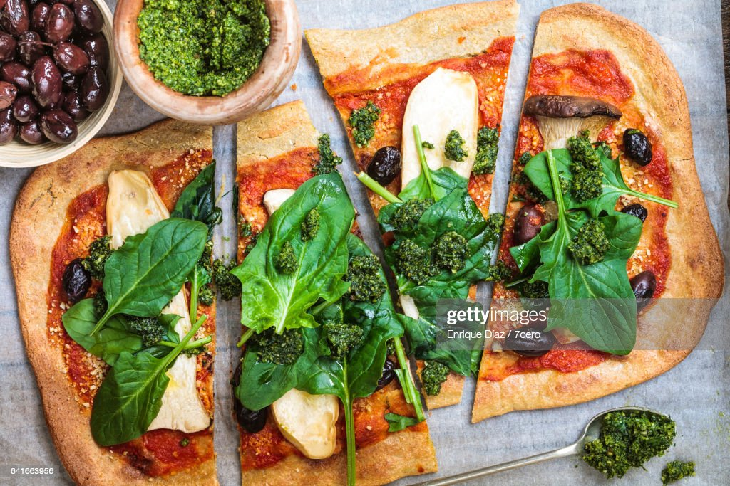 King Trumpet Mushroom and Quinoa Pizza : Stock Photo