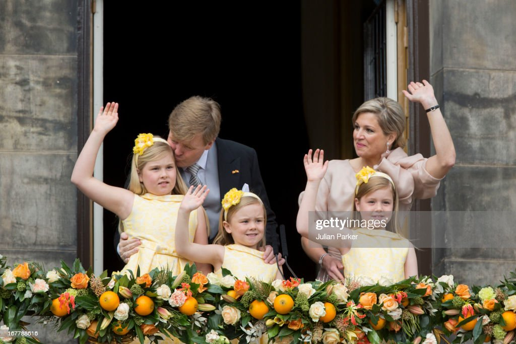 The Inauguration Of HM King Willem Alexander of the Netherlands As Queen Beatrix Of The Netherlands Abdicates : News Photo