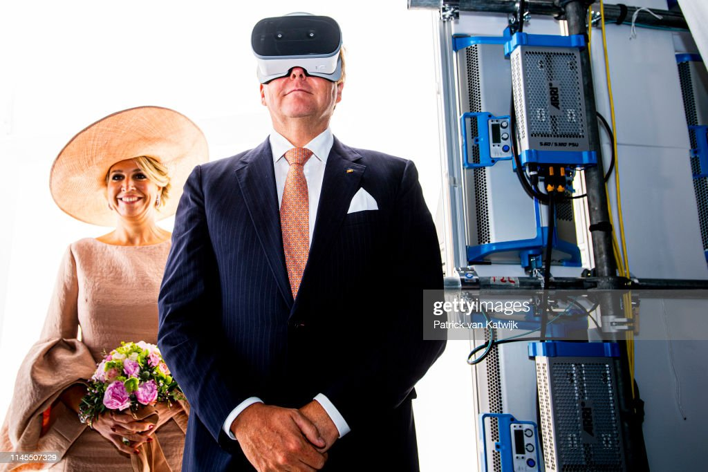 King Willem-Alexander and Queen Maxima Visit Germany day 2 : Nieuwsfoto's