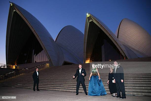 King WillemAlexander and Queen Maxima of the Netherlands and Australian GovernorGeneral Peter Cosgrove and his wife Lady Cosgrove pose for a...