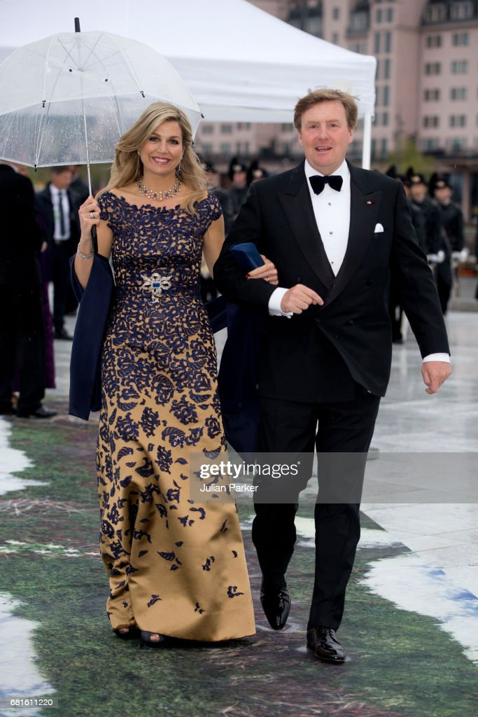 King and Queen Of Norway Celebrate Their 80th Birthdays - Banquet At The Opera House - Day 2 : Nachrichtenfoto