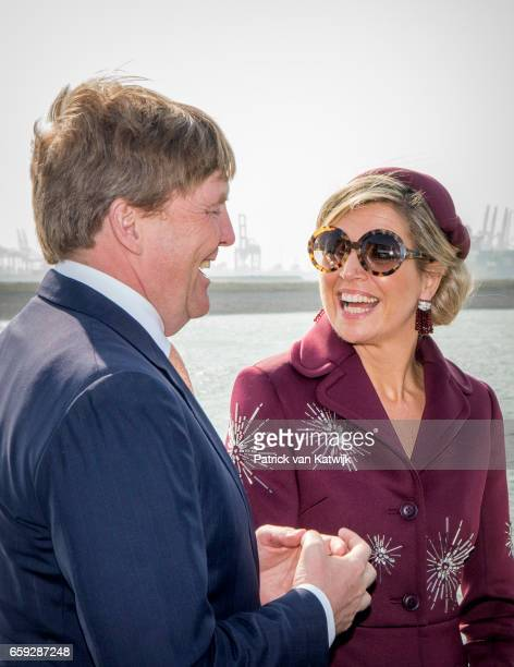 King WillemAlexander and Queen Maxima of The Netherlands during an boat trip in the harbor of Rotterdam on March 28 2017 in Rotterdam The Netherlands...