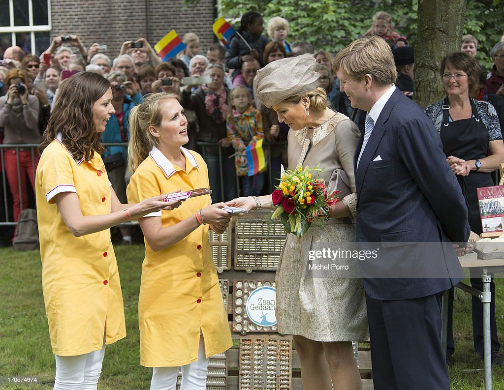 The Dutch Royal Family Continue Their Tour Of The Netherlands : News Photo