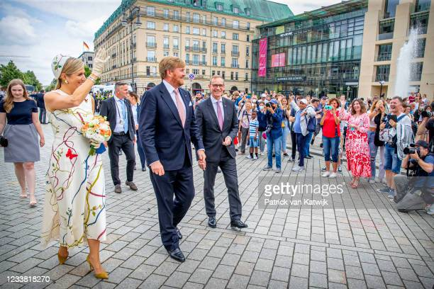 King Willem-Alexander and Queen Maxima of The Netherlands visit the Brandenburger Tor with Berlin Mayor Michael Mueller on July 5, 2021 in Berlin,...