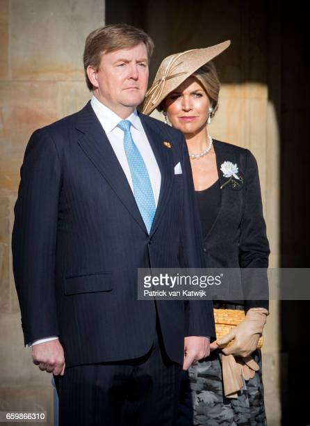King WillemAlexander and Queen Maxima of The Netherlands welcome President Mauricio Macri during an official welcome ceremony at the Royal Palace on...