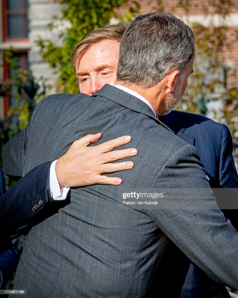 King Felipe Of Spain And King Willem-Alexander Of The Netherlands At Opening Rembrandt Velázquez Exhibition At Rijksmuseum 10 October : News Photo
