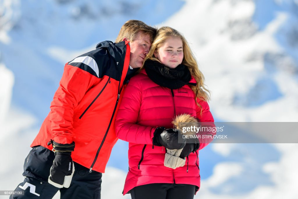 King Willem-Alexander of the Netherlands and Princess Catharina-Amalia of the Netherlands pose at a photocall during their ski holidays, in Lech am Arlberg, Austria, on February 26, 2018. / AFP PHOTO / APA / DIETMAR STIPLOVSEK / Austria OUT