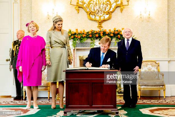 King WillemAlexander of The Netherlands and Queen Maxima of The Netherlands are welcomed by President Michael Higgins of Ireland and his wife Sabrina...