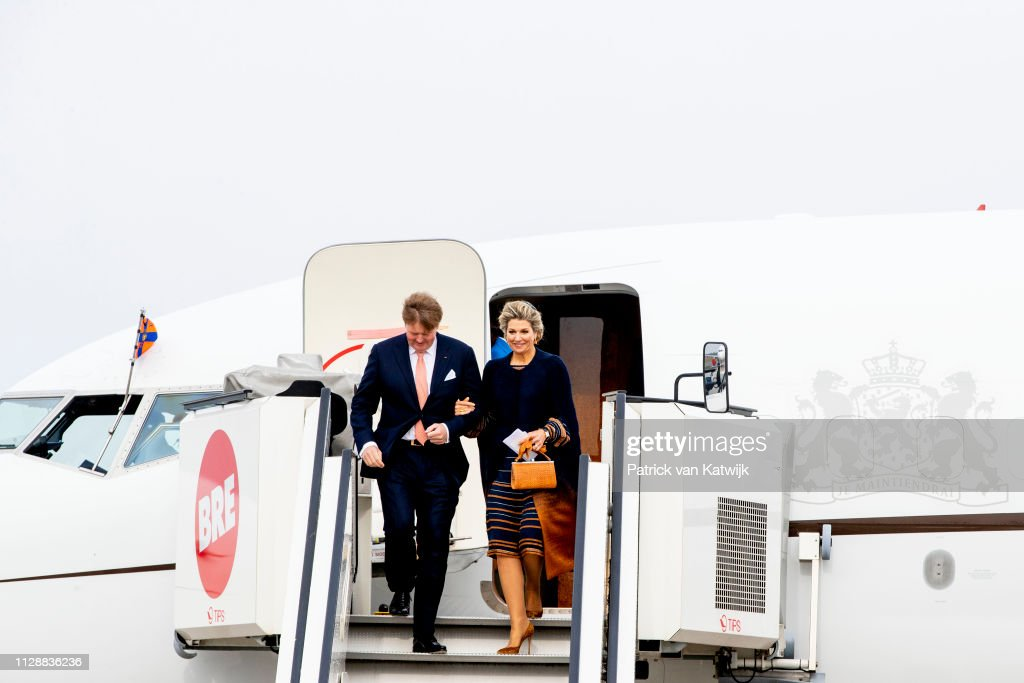 King Willem-Alexander and Queen Maxima Of The Netherlands Visit Bremen, Germany : Nieuwsfoto's