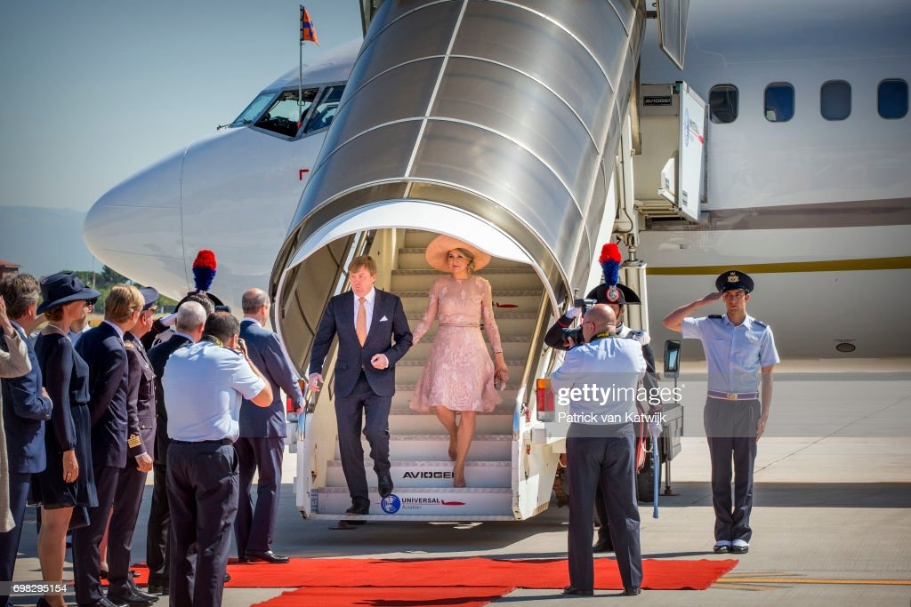 King And Queen Of The Netherlands Visit Italy : Day One : Nieuwsfoto's