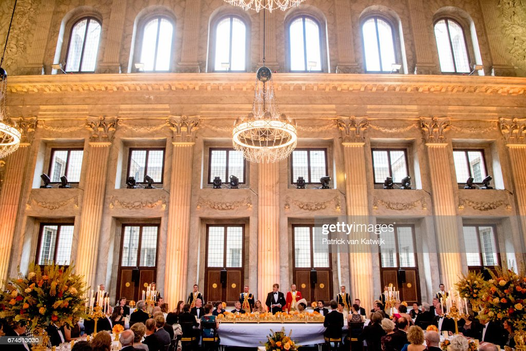 Festive Dinner And Public will opening Of Royal Palace To  Mark King Willem-Alexander's 50th Birthday In Amsterdam : Nieuwsfoto's