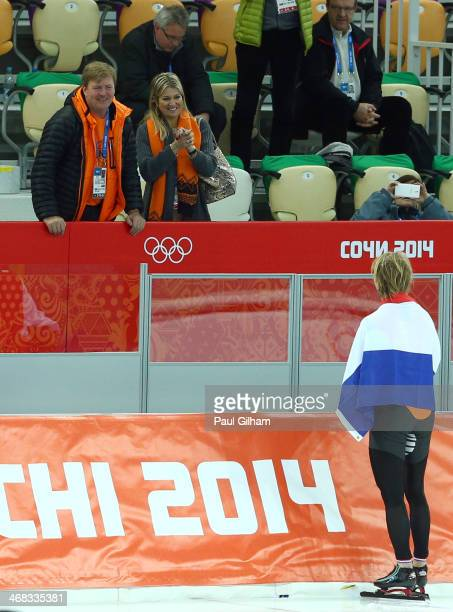 King WillemAlexander of the Netherlands and Queen Maxima of the Netherlands congratulates gold medalist Michel Mulder of the Netherlands after the...