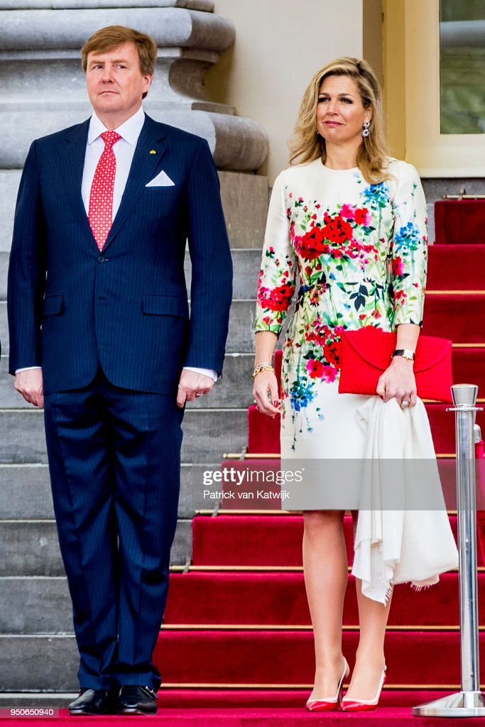 King Willem-Alexander of The Netherlands and Queen Maxima of The Netherlands receive President Enrique Pena Nieto and Angelica Rivera de Pena of Mexico on April 24, 2018 in The Hague, Netherlands.