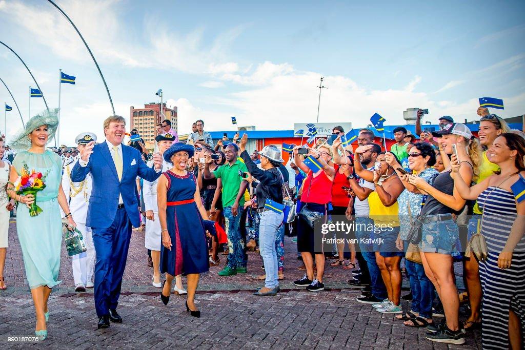King Willem-Alexander Of The Netherlands and Queen Maxima Netherlands Visit Curacao : Nieuwsfoto's