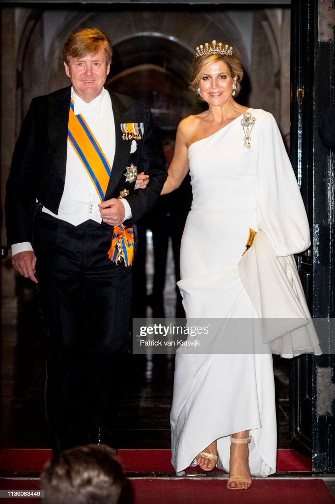 Dutch Royal Family Attends A Gala Diner For Corps Diplomatique At Royal Palace In Amsterdam : Foto di attualità