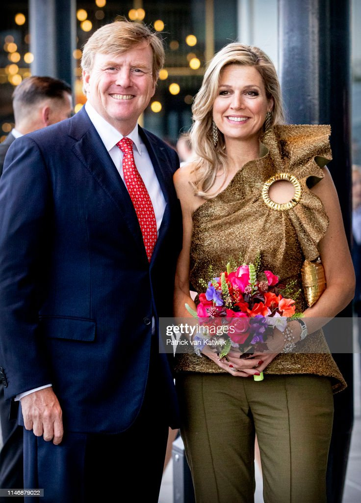 King Willem-Alexander Of The Netherlands & Queen Maxima Of The Netherlands Attend The Holland Festival In The Hague : News Photo