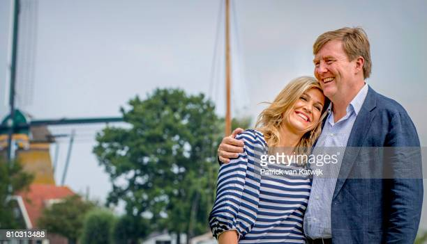 King WillemAlexander of The Netherlands and Queen Maxima of The Netherlands during the annual summer photo call at the Kagerplassen on July 7 2017 in...