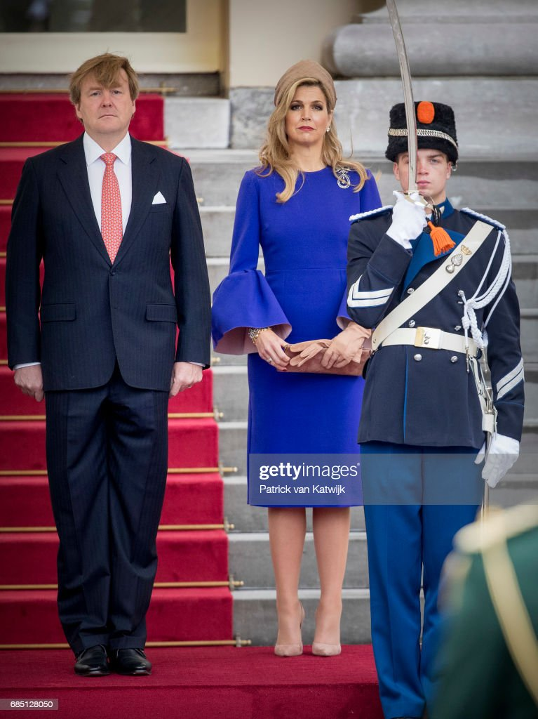 King Willem-Alexander Of The Netherlands & Queen Maxima Welcome The President of Mozambique To The Hague : News Photo
