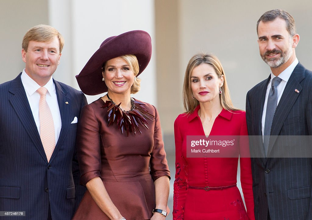 King Willem-Alexander of the Netherlands and Queen Maxima of the Netherlands with King Felipe of Spain and Queen Letizia of Spain at The Noordeinde Palace on October 15, 2014 in The Hague, Netherlands.