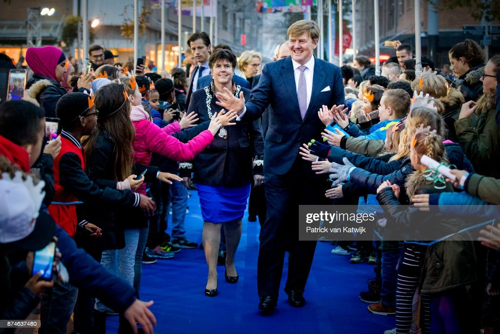 King Willem-Alexander at 50th anniversary Lelystad : Nieuwsfoto's