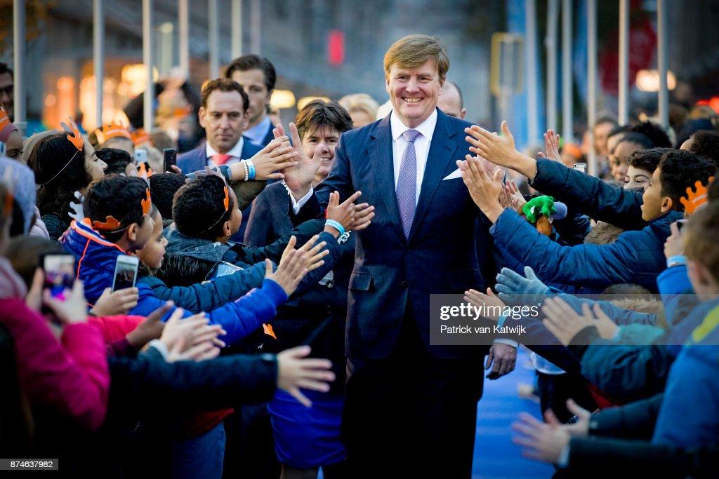 King Willem-Alexander at 50th anniversary Lelystad : Nieuwsfoto's