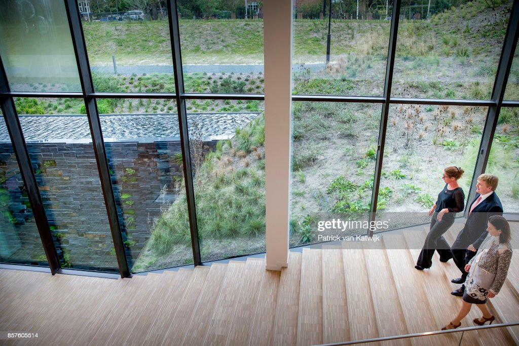 King Willem-Alexander Of The Netherlands Opens Eurojust In The Hague : Nieuwsfoto's